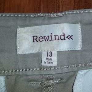 Rewind Pants - Junior's capris